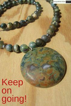 * RHYOLITH FUCHSIT KETTE * Rhyolite Fuchsite Necklace * Beaded Bracelets, Necklaces, Healing, Gemstones, Ebay, Jewelry, Necklace Ideas, Jewels, Pearl Bracelets
