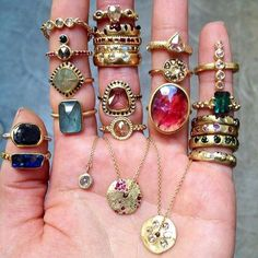 Boho accessories, pretty rings - I would wear these all at the same time, like a gypsy princess! Boho Jewelry, Jewelry Box, Jewelry Accessories, Fashion Accessories, Jewelry Design, Fashion Jewelry, Jewlery, Bohemian Rings, Jewelry Rings