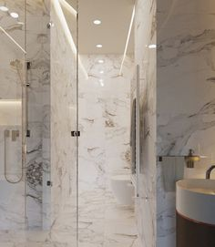Amnagement Petit Appartement Avec Salle De Bain Moderne Parement En Marbre Blanc Et Cabine