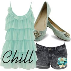 Cute teen style! (This is one of Mrs. Smarty Pants picks!)