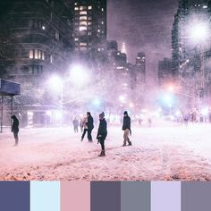 @travelinglens caught a gorgeous #WHPsplitsecond in New York. | #foundpalettes