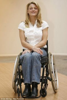 Nursing Supplies, Spinal Cord Injury, Lady, Young Women, Gorgeous Women, Athlete, Actresses, Chic, Adaptive Equipment