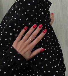 Red Nails, Hair And Nails, Cute Nails, Pretty Nails, Nail Ring, Minimalist Nails, Soft Curls, Aesthetic Makeup, Up Girl