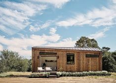 UK-based company Koto partnered with Abodu to bring their modular prefab homes that are designed with a Scandinavian aesthetic to the US. Prefabricated Houses, Prefab Homes, Modular Homes, Container Architecture, Architecture Design, Outdoor Signage, Playhouse Outdoor, Winter Cabin, Affordable Housing