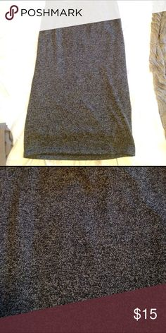 Gray high waisted Pencil Skirt Only worn once! Perfect condition. A great skirt for work or casual with booties. Dark charcoal gray gorgeous color Old Navy Skirts Pencil