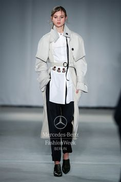 Dorothee Schumacher Lookbook Autumn/Winter 2017 | Mercedes-Benz Fashion Week-Berlin