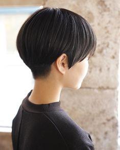 Asian Short Hair, Asian Hair, Girl Short Hair, Short Hair Cuts For Women, Short Hairstyles For Women, Short Bob Haircuts, Cool Haircuts, Cool Hairstyles, Hair Illusion