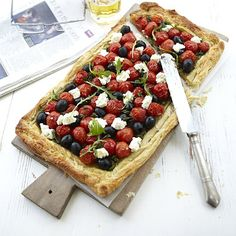 Easy Tomato, Pesto and Olive Tart