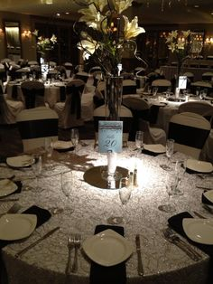 1000 images about centerpieces bouquets on pinterest ballrooms ground level and events. Black Bedroom Furniture Sets. Home Design Ideas