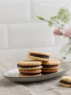 Mix flour and baking powder together in a mixing bowl or the bowl of stand mixer. Add butter and stir to combine until a crumbly dough forms. Cupcake Recipes, Cookie Recipes, Dessert Recipes, Desserts, Kitchen Stories, Vanilla Sugar, Cut Out Cookies, Dessert Bread, Chocolate Cream