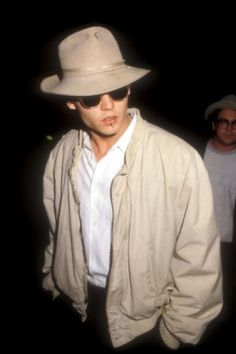 A Look Back At Johnny Depp's 'Iconic' Style #johnnydepp