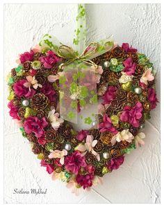 """Couronne - Coeur décorative """"Isabelle"""". Couronne porte d'entrée. Déco maison : Accessoires de maison par perles-et-couronnes"""