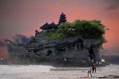 タナロット寺院(Tanah Lot)