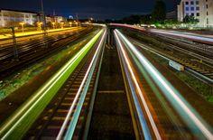 """Zugverkehr am Hauptbahnhof von Speicherstadt-01 http://www.fotocommunity.de/fotograf/speicherstadt-01/1130115 gepinned auf """"Alles rund um Hamburch"""" von www.blickedeeler.de<3"""