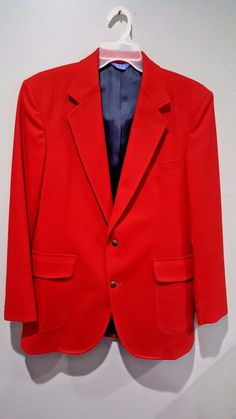 """This blazer is in very good, very gently used condition. No defects. Sleeve 26"""". Chest 40"""". 