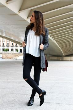 Look con Blazer Jaspeada Zara