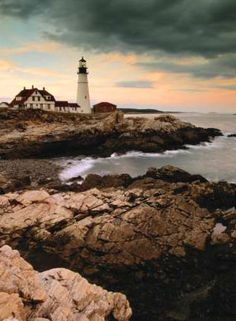 image of Maine lighthouse