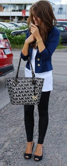 Michael Kors Factory Outlet!I enjoy these bags.I need this bag in my life.JUST CLICK IMAGE :) | See more about tote bags, michael kors and bags.