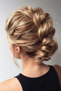 Top 60 All the Rage Looks with Long Box Braids - Hairstyles Trends Medium Long Hair, Medium Hair Styles, Curly Hair Styles, Natural Hair Styles, Braided Hairstyles Updo, Braided Updo, Diy Hairstyles, Hairstyles 2018, Feathered Hairstyles