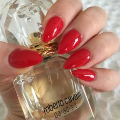 Classic red almond shape, pointy, gel, shellac, sns, acrylic chic and classic classy nails. Roberto Cavalli Paradiso perfume fragrance.