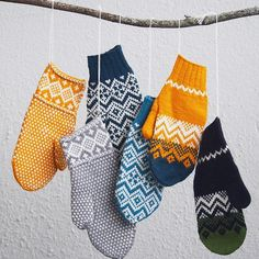Ravelry: Vinterland pattern by Matilda Kruse Ravelry: Vinterland pattern by Matilda Kruse Knitting Designs, Knitting Patterns, Crochet Patterns, Knit Mittens, Knitted Gloves, Knitted Mittens Pattern, Fair Isle Knitting, Knitting Yarn, Yarn Projects