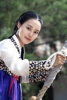 "Moon Chae Won in ""The Princess's Man"""