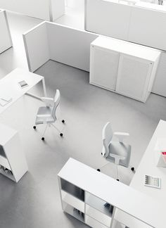 Collection of white, colourful, glass, corner and height adjustable office desks. White Desk Office, White Desks, Office Storage, Storage Solutions, Office Furniture, Corner Desk, Kids Rugs, Modern, Milan Design
