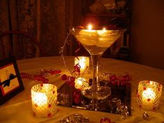 pictures of centerpieces for tables | ... consideration the shape of the tables for example round tables present