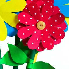 These paper and button flowers will make a colorful addition to your home. Maria and Sheila show you how in this video tutorial. Senior Crafts, Crafts For Seniors, Button Flowers, Paper Flowers, Dementia Crafts, Easy Paper Crafts, Green Paper, Craft Activities, Paper Goods