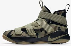 Nike Lebron Soldier 11 Flyease features a special ankle strap to help secure the foot of athletes with disabilities Lebron 11, Nike Lebron, Nike Fashion, Mens Fashion, Fashion Fall, Lebron James Soldier 11, Nike Basketball Shoes, Men's Basketball, Nike Design