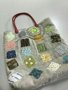 刺し子トートバッグ自作 Patchworked fabric bag with Sashiko stitching. Crazy Patchwork, Patchwork Bags, Quilted Bag, Patchwork Patterns, Patchwork Designs, Purse Patterns, Handmade Purses, Handmade Handbags, Handmade Fabric Bags