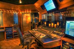 Click the Pic to Check out VIDEOS of ES Audio Recording Studio on ReverbNation!:)      Rock On!:)