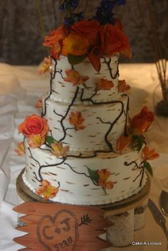 Great rustic wedding cake perfect for the fall by Cake-A-Licous. http://www.cakealicious.net/