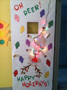 This is a cute idea for Christmas door decorations and would work perfectly with a homophone unit! :) (Picture only)
