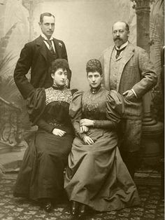 Prince Carl with Princess Maud and her parents, Queen Alexandra and King Edward VII of Great Britain. Cousins, Maud Of Wales, Norwegian Royalty, English Royalty, Princess Alexandra Of Denmark, Queen Victoria Children, Christian Ix, Princess Louise, Vice Versa
