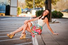 Senior pictures, ideas for girls, click the pic to see urban, country, floral headwreath