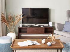Deze houtkleurige tv meubel past perfect in ieder interieur. Met dit tv meubel breng je elegantie in jouw woonkamer. Bekijk hem nu in onze webshop. #tvmeubel #houtkleurig #inspiration #woonkamer #homesweethome #interior Dark Wood Tv Stand, Uk Tv, Tv Cabinets, Tv Stands, Storage Spaces, Inspiration, Decor, Products, Shopping