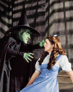 Margaret Hamilton and Judy Garland - the Wizard of Oz