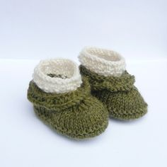 Knitting PATTERN BABY Booties  Simple Seamless Baby by ceradka, $4.00