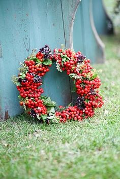 pretty berry wreath :)