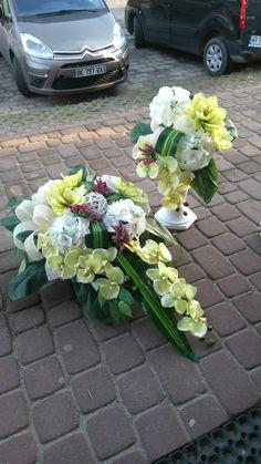 Wedding Car Decorations, Altar, Silk Flowers, Funeral, Flower Designs, Memorial Day, Floral Arrangements, Diy And Crafts, Floral Wreath