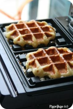 The Lige Waffles Paprikas No Cook Desserts, Dessert Recipes, Easy Cooking, Cooking Recipes, Crepes And Waffles, My Favorite Food, Love Food, Sweet Recipes, Donuts
