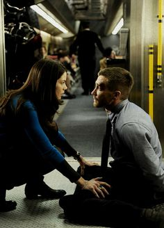 Michelle Monaghan & Jake Gyllenhaal in Source Code