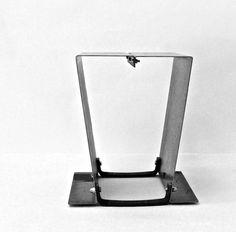 """don_do by Clo'eT design: la versione industrial chic di uno sgabello a dondolo, rievocazione del """"dolce dondolare"""", per tornar fanciulli sognando un po'.   Clo'eT design il mondo di Paola Francesca Denti.  CATALOGO CLO'ET DESIGN: #arredamento #industrialchic #concrete #cemento #industrial #home #interior #green #architettura #light #illuminazione #house #natale #2015 #regali #ideeregalo   WWW.CLOET.IT SHOP ONLINE: info#cloet.it     #ClippedOnIssuu da CLO'ET DESIGN CATALOGO"""