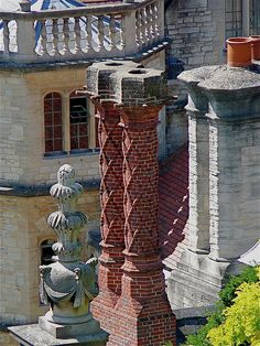 Elizabethan Chimney Stacks   by the noggin_nogged, via Flickr