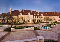 18 Gorgeous Mansion Houses That Will Leave You Speechless