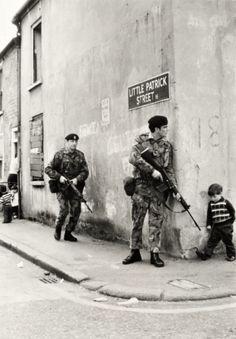 British soldiers in Belfast, Northern Ireland. 1973.