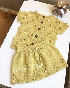 Birbirinden Efsane Değişik Örgü Modelleri Baby Knitting Patterns, Knitting Stitches, Hand Knitting, Crochet Shoes, Knit Crochet, Moda Emo, Knitted Baby Clothes, Baby Vest, Hai