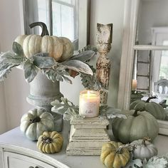 See my favorite farmhouse fall decor ideas. Part one is all about fall home decor inside. On a table or in a three-tier stand. DIY fall decor for anyone! Thanksgiving Decorations, Seasonal Decor, Holiday Decor, Thanksgiving Table, Fall Table Decorations, Fall Table Centerpieces, Tall Centerpiece, Harvest Decorations, Autumn Decorating
