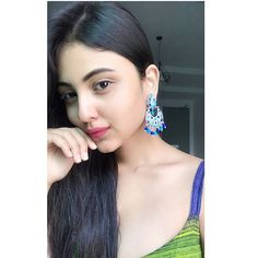 Image may contain: 1 person, closeup Stylish Girl Images, Stylish Girl Pic, Girls Dp, Cute Girls, Cute Beauty, Beautiful Girl Indian, Perfect Skin, Cute Faces, Girls Image